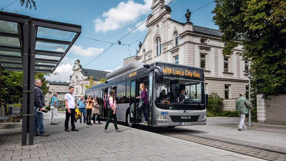 Varsovie va s'équiper de 80 nouveaux bus GNV en 2019