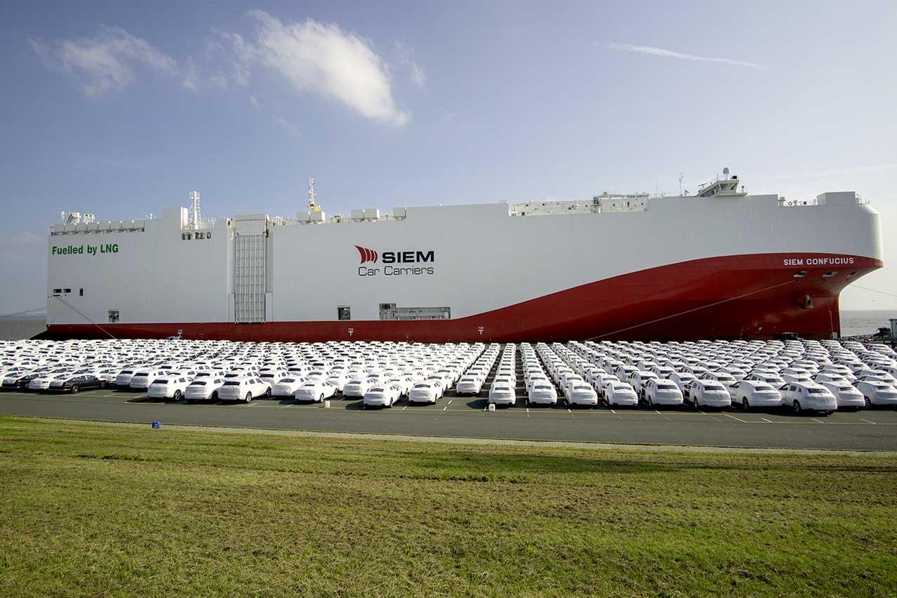 Volkswagen met en service son premier navire cargo GNL