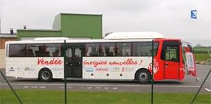 Expérimentation d'un bus biométhane en Vendée - Reportage France 3